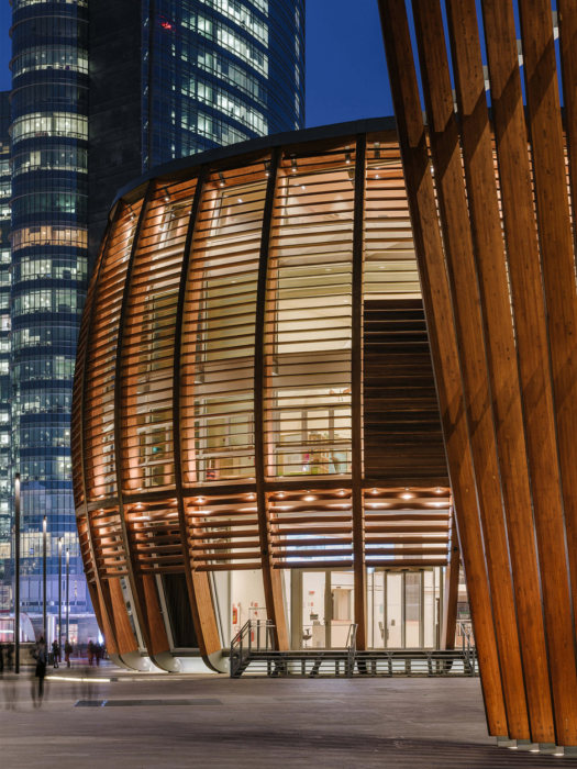 Unicredit-Pavilion-Milan-accessed-through-AMDL-Circle-courtesy-of-Obliot-525x700